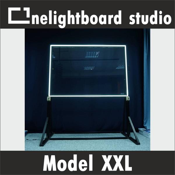Прозрачная маркерная доска с подсветкой 210х118 см c регулируемыми по высоте опорами